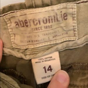 Abercrombie & Fitch Bottoms - Abercrombie olive cargo shorts.